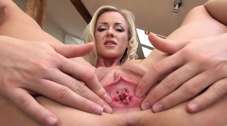 extreme pussy gape