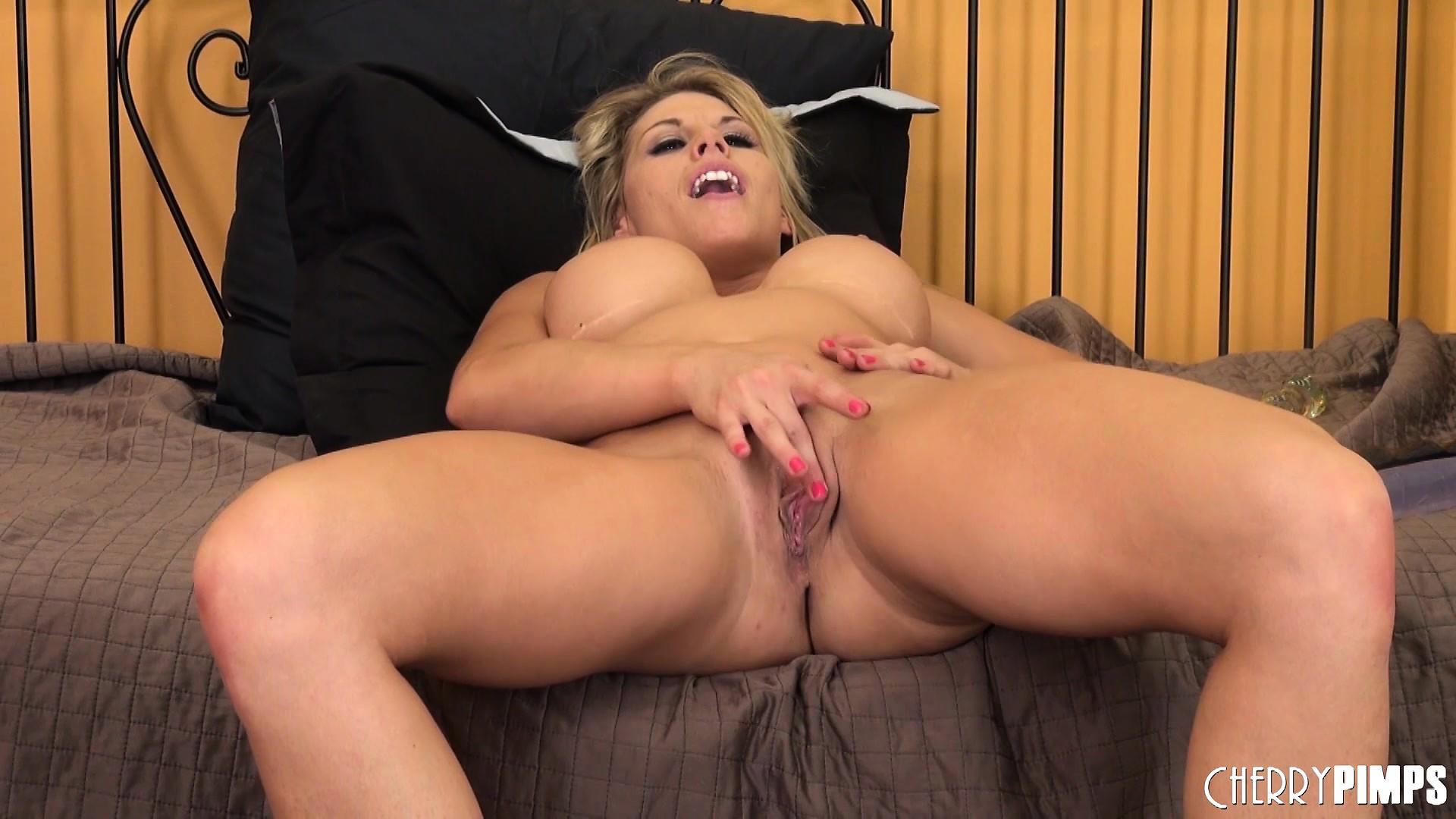 Nude girls enjoying orgasm